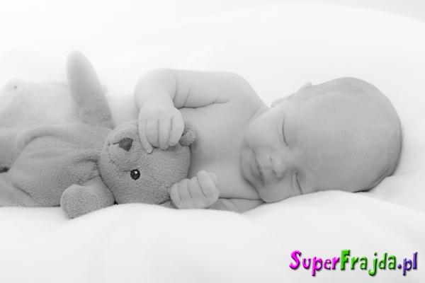 Sesja zdjęciowa noworodka
